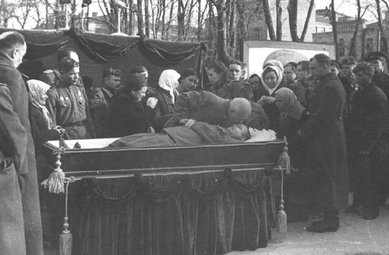 Похороны генерала Ватутина 17 апреля 1944