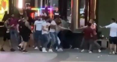 У центрі Києва сталася масова бійка зі стріляниною. Відео