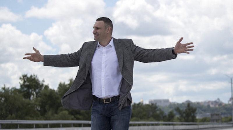 Кличко лідирує в боротьбі за крісло мера Києва з великим відривом