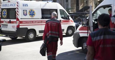 Віталій Кличко показав, як працюють лікарі і фельдшери Центру екстреної медичної допомоги. Фото та відео