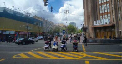 На Хрещатику з'являться додаткові наземні пішохідні переходи