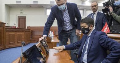Віталій Кличко повчив Разумкова, як правильно голосувати
