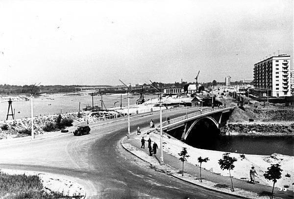 Мосты через Русановский канал