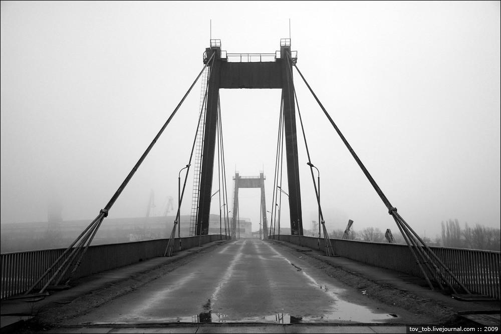 Рыбальский вантовый мост.