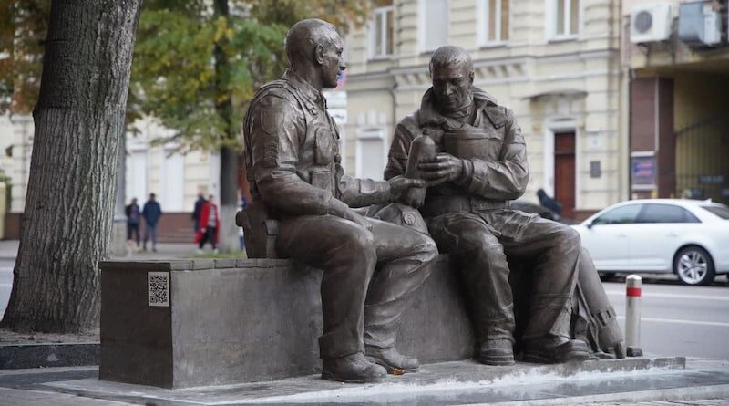 Пам'ятник рятувальникам на Володимирській