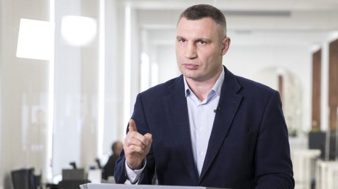 У Києві - антирекорд хворих медиків з початку пандемії коронавірусу