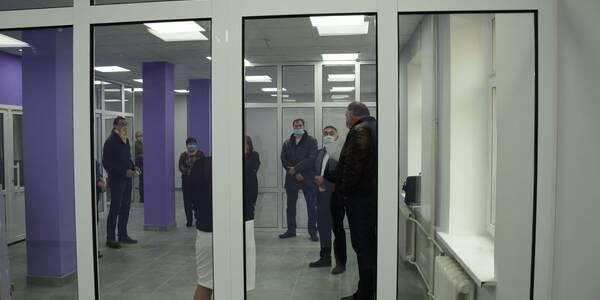 На Подолі готуються відкрити сучасний фронт-офіс