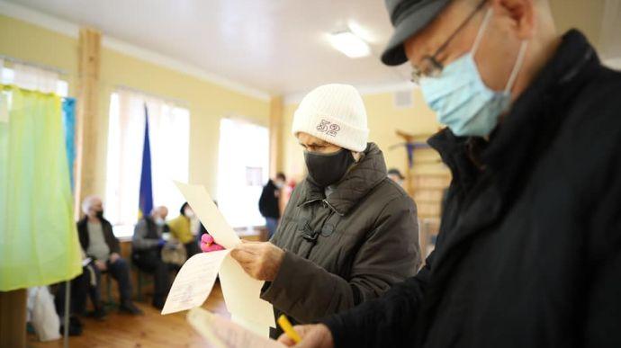 Київська ТВК тільки почала отримувати протоколи з місцевих виборів